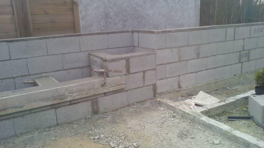 Maçonnerie : mur en parpaing à Pornichet
